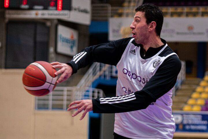 Sergio de la Fuente se reincorpora a los entrenamientos
