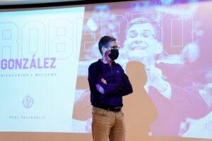 20210526 Presentación Roberto González_3-min